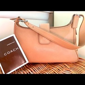 COACH Classic Vintage Camel Shoulder Purse